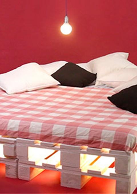 Faire un lit avec des palettes