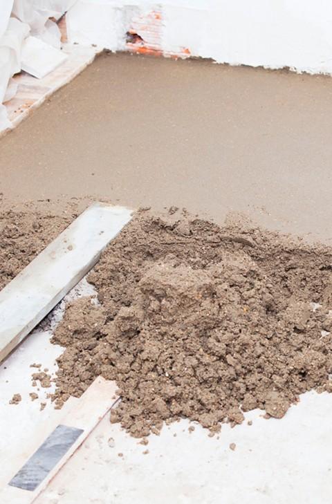 Boden ausgleichen im Aussenbereich