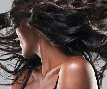 Model rocks black hair color trend
