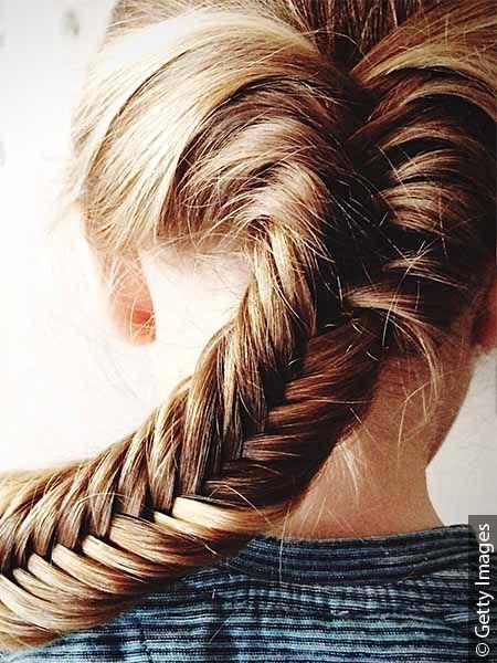 Włosy splecione w warkocz