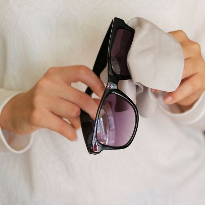 How to clean sunglasses properly