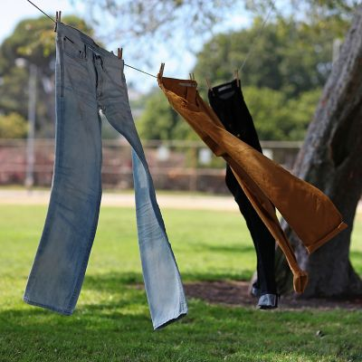 How to dry trousers fast