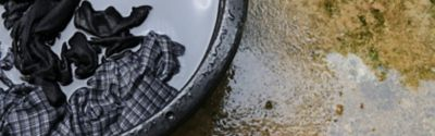 How to remove tar stains from clothing