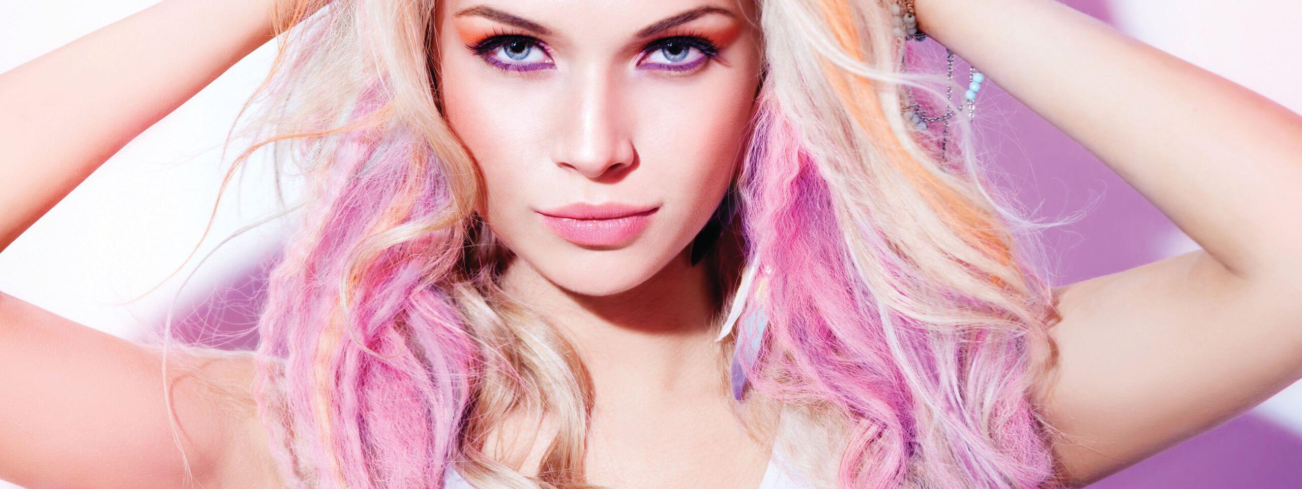 Jessie J rocks unusual hair color trend