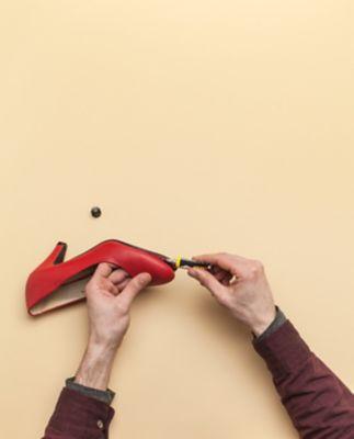 Repara tocul sau talpa pantofului
