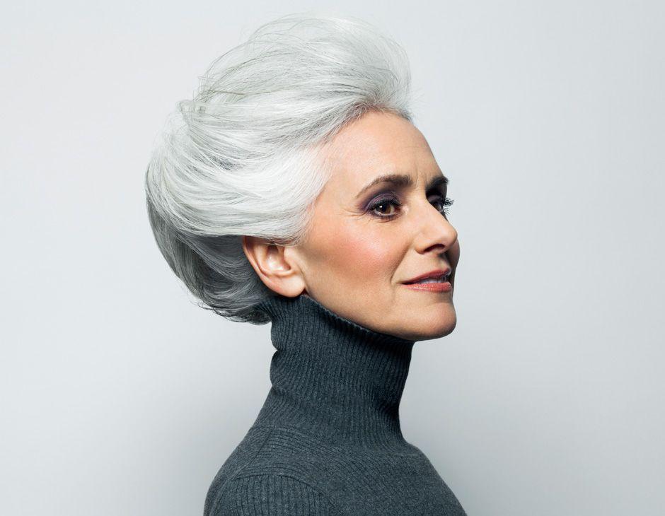 Kurze blonde haare für ältere frauen