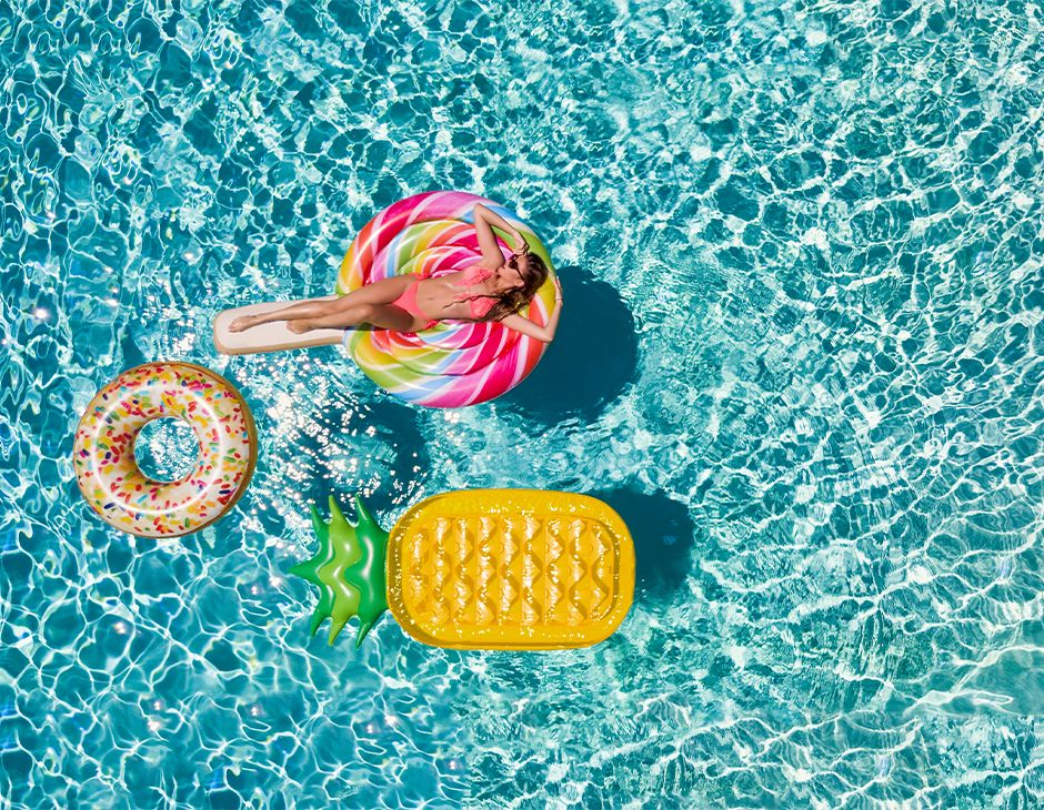 Pool floats in a pool