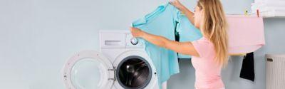 Textilien schonend waschen: So bleibt deine Kleidung länger schön