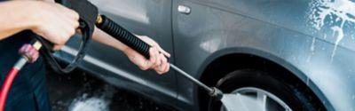 Myjka wysokociśnieniowa - jak łatwo umyć samochód