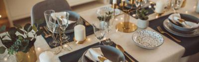 Tisch decken: Silvester als stilvolle Party