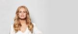 BLONDME Hollywood Model With Blonde Wavy Hair