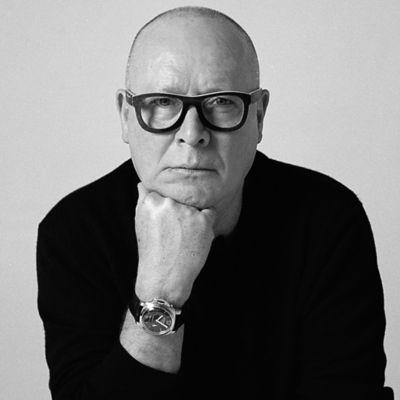 Essential Looks Simon Ellis Black and White Portrait