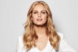 BLONDME Hollywood Blonde Model With Long Tonal Blonde Wavy Hair