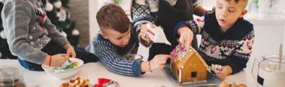 Wie kannst du kinderleicht ein Lebkuchenhaus basteln?