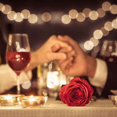 Set the table for any occasion. Romantic dinner