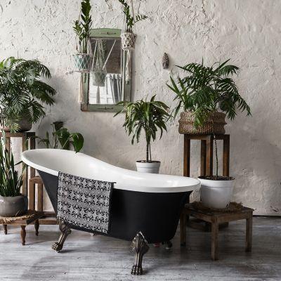 rośliny do łazienki, łazienka z kwiatami