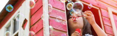 Zrób samemu bańki mydlane - wymieszaj kilka składników i zabawa gotowa