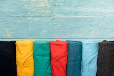 Rucksack Packen Aufrollen T-Shirts