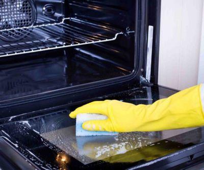 How to clean a glass oven door