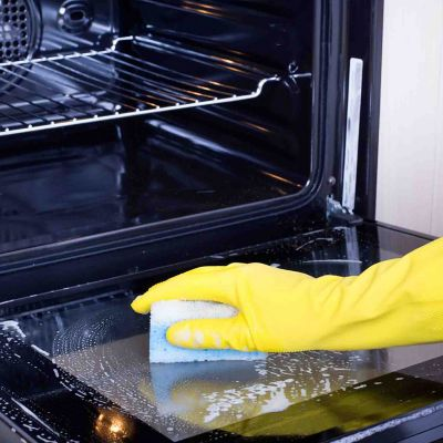 Jak czyścić szklane drzwiczki piekarnika