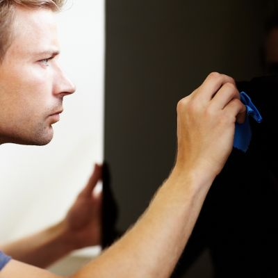 how to clean your flat screen tv