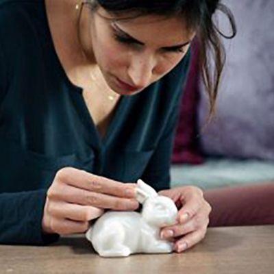 ¿Cómo reparar una figura de porcelana?