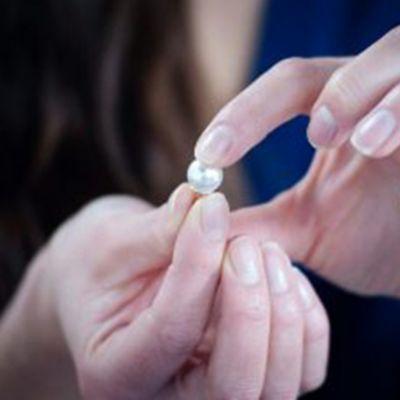 Como consertar uma jóia?