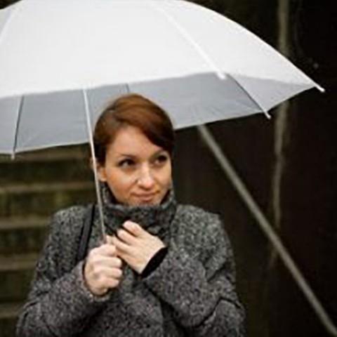 ¿Cómo reparar un mango de paraguas?