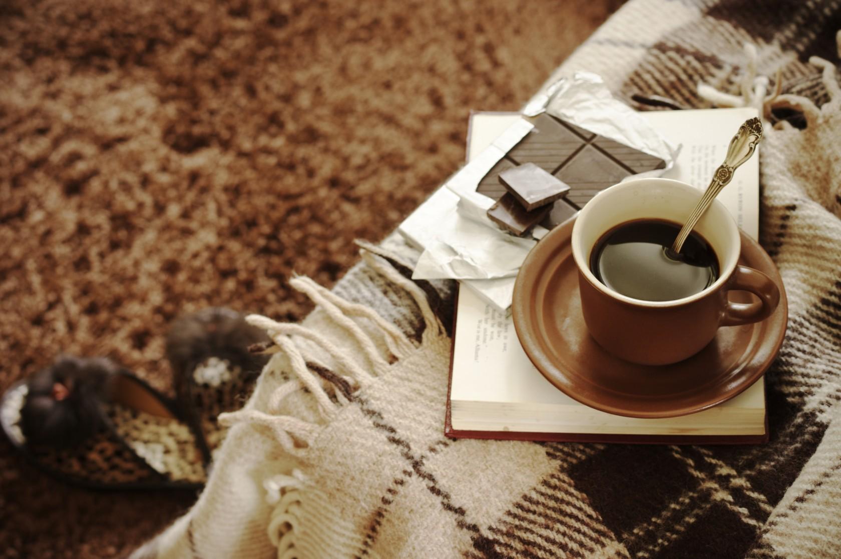 Langflor-Teppich reinigen, damit man sich wohlfühlen kann