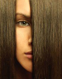 Krásné, sytě hnědé vlasy