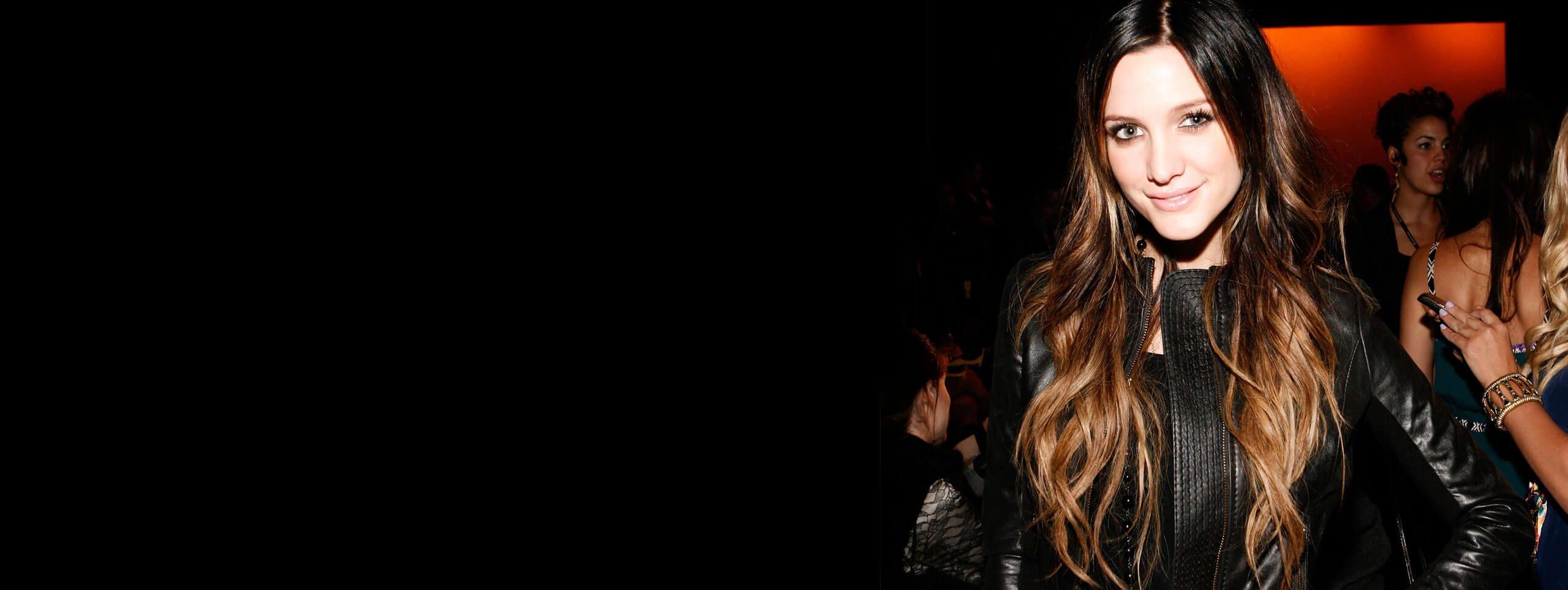 Ashlee Simpson cheveux longs extensions