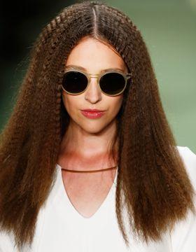 Гофре на всю длину волос