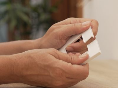 Epoxy glue for plastic: Glue like a pro