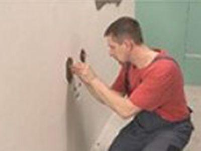 Příprava povrchu pro stěny před pokládkou obkladů