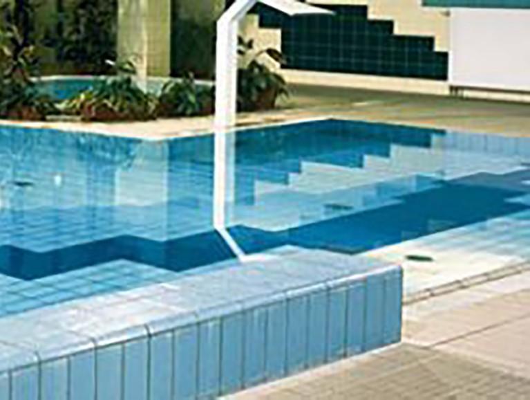 Hydroizolace pod obklady a dlažbou (cementová, asfaltová, kapalná)