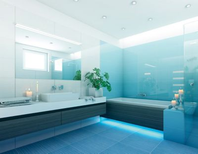 Lepení obkladů a dlažby v nové koupelně