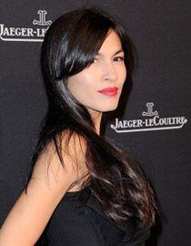 Elodie Yung s perfektne upravenými čiernymi vlasmi