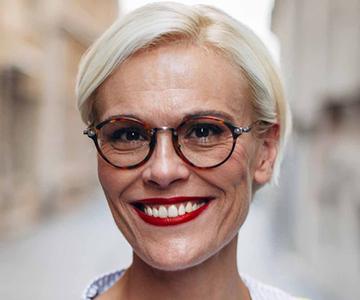 Frisuren für ältere Frauen ab 50
