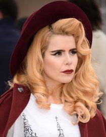 Avec ses cheveux orange pastel, Paloma Faith ne passe jamais inaperçue.