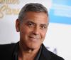 George Clooney mit pflegeleichten Männerhaarschnitt Capri