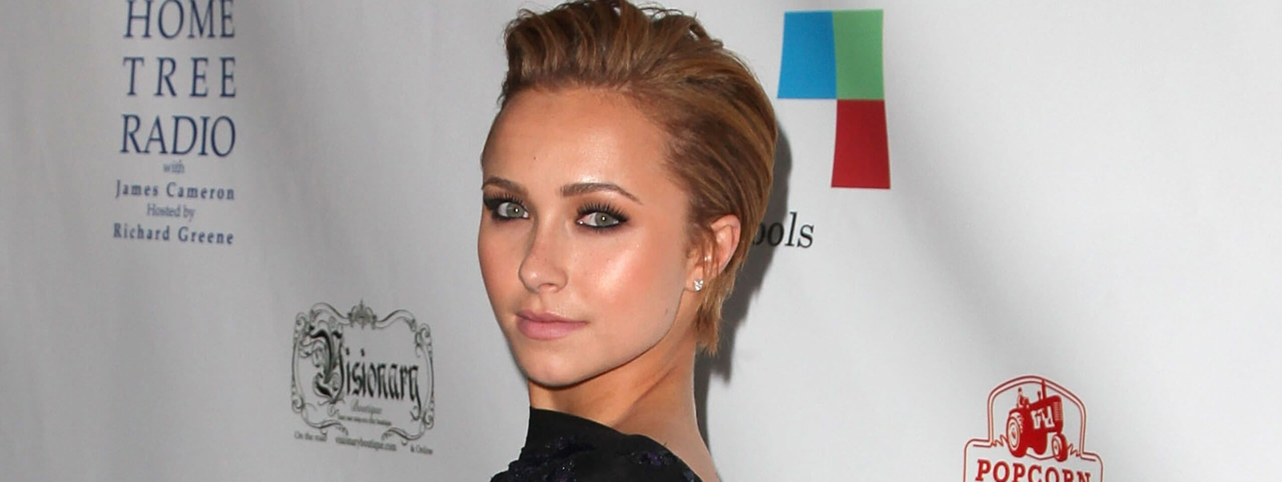 Hayden Panettiere with short hairstyle