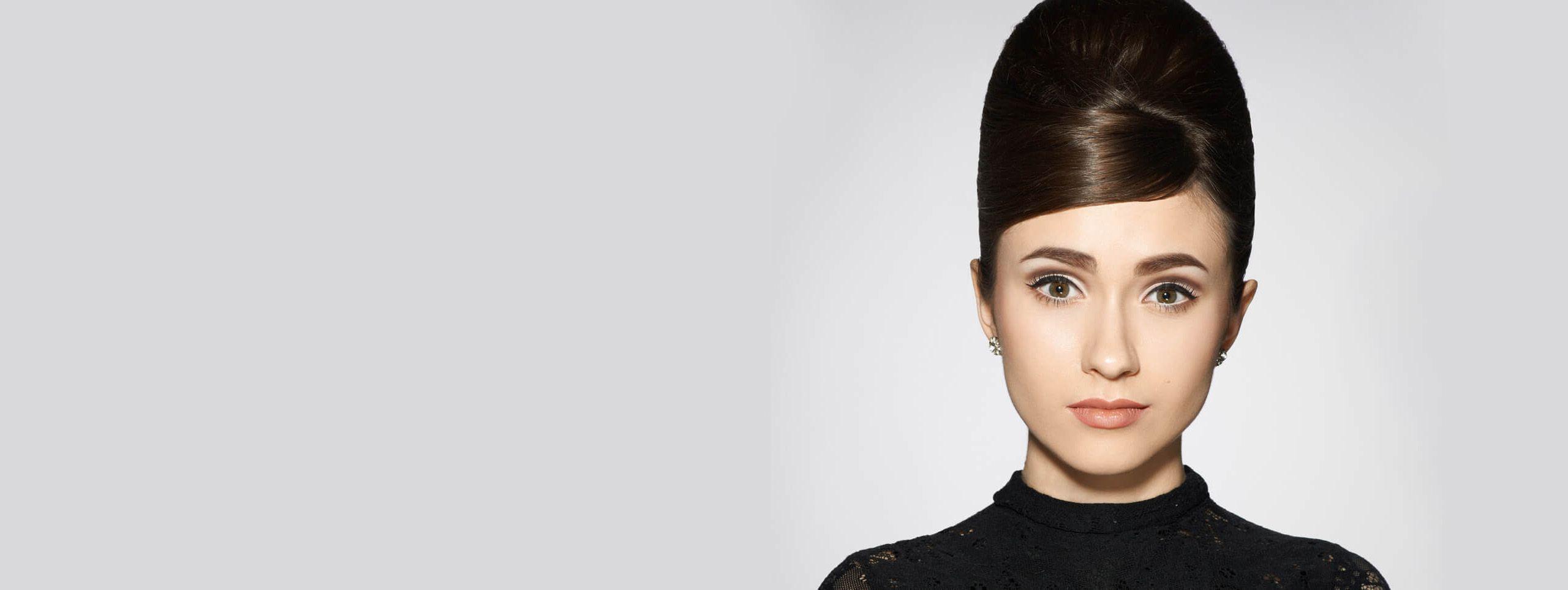 Vanessa Hudgens coupe chic