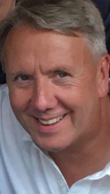 Headshot of Henkel Employee Thomas Scharpe