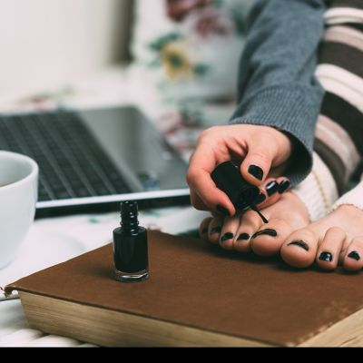The ultimate guide to a spa day at home – nail care