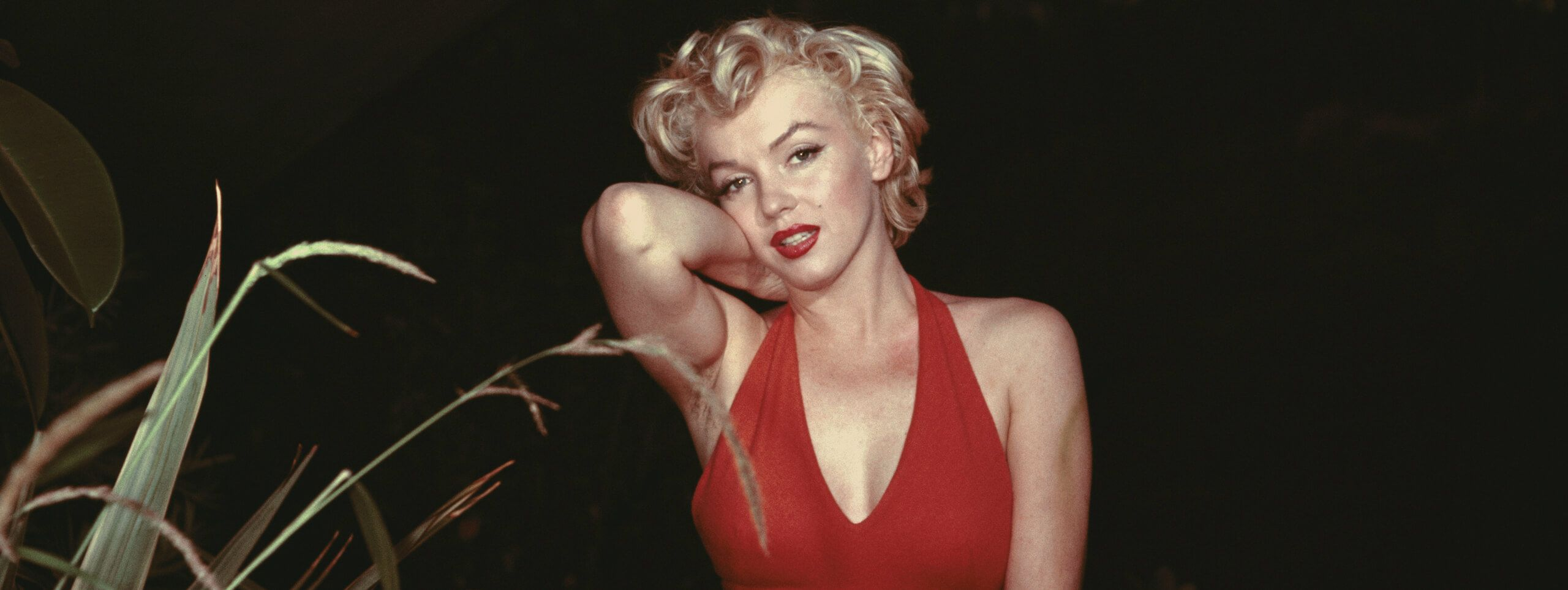 Marilyn Monroe with 1950s hairstyle