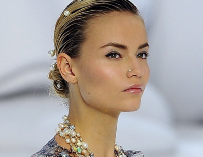 Wear a chignon as the ultimate prom updo