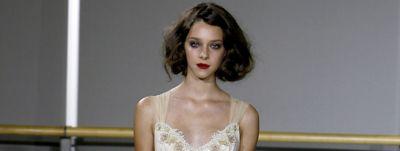 model-with-dramatic-bridal-makeup-and-bob-bridal-hairstyles-wcms-us