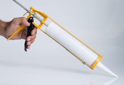 Kartuschenpistole mit Dichtmasse