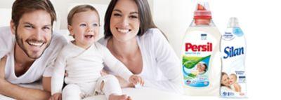 Majka, otac i beba u bijelom, a pored proizvodi Persil i Silan Sensitive