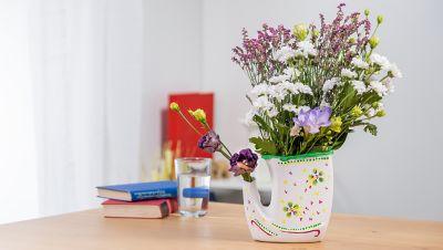 Dekorierte, selbstgemachte Vase